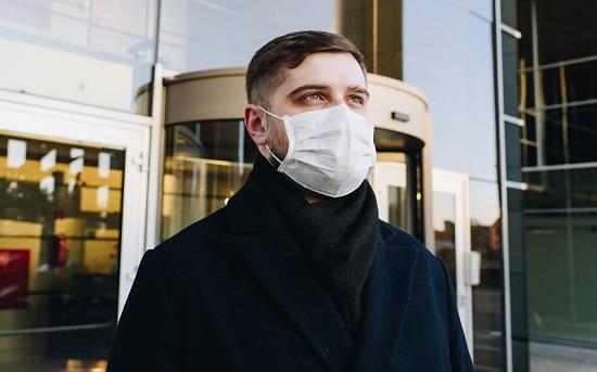 masques-anastasiia-chepinska-eGjHhmC_3ww-unsplash-2